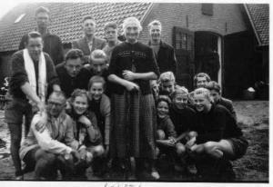 047 fam ter apel 1954
